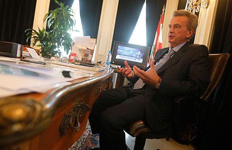 أقلّ من دقيقة لـ«تعيين» حاكم مصرف لبنان